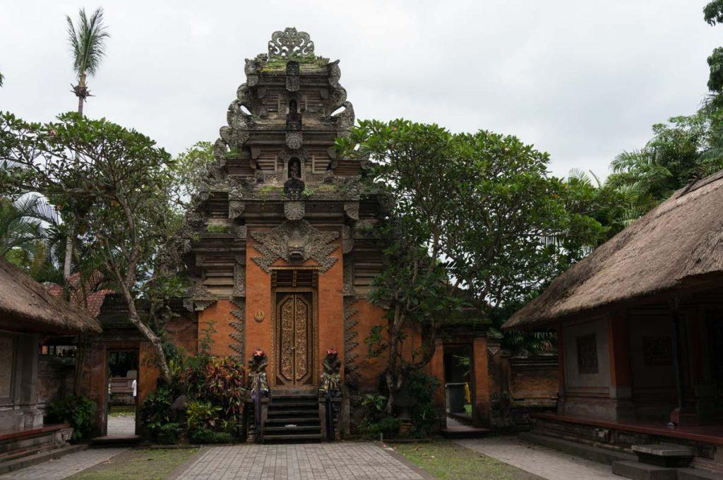 Bali_BA-105